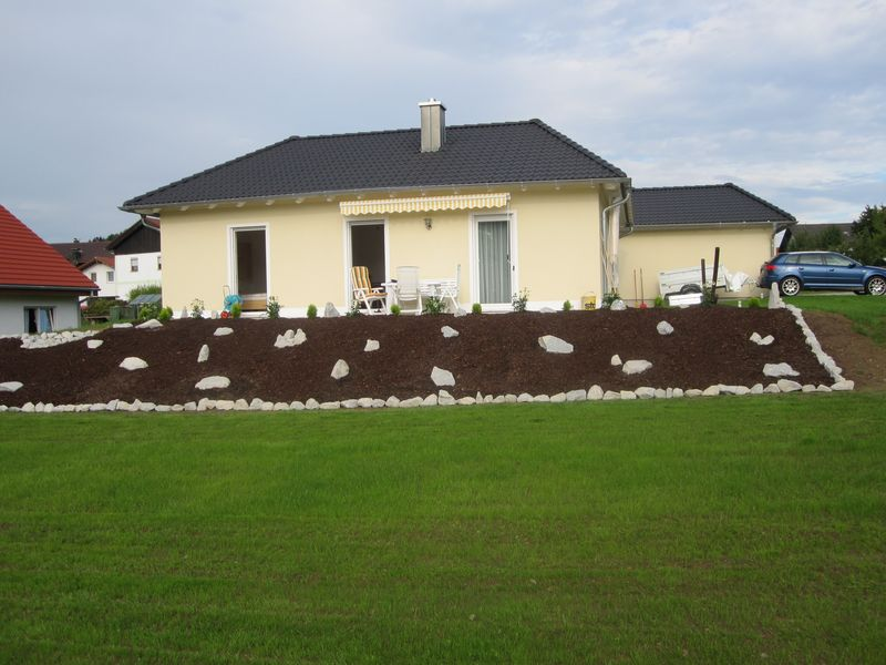 Pflanzenempfehlung f r neu angelegten garten fragen for Gartengestaltung thuja