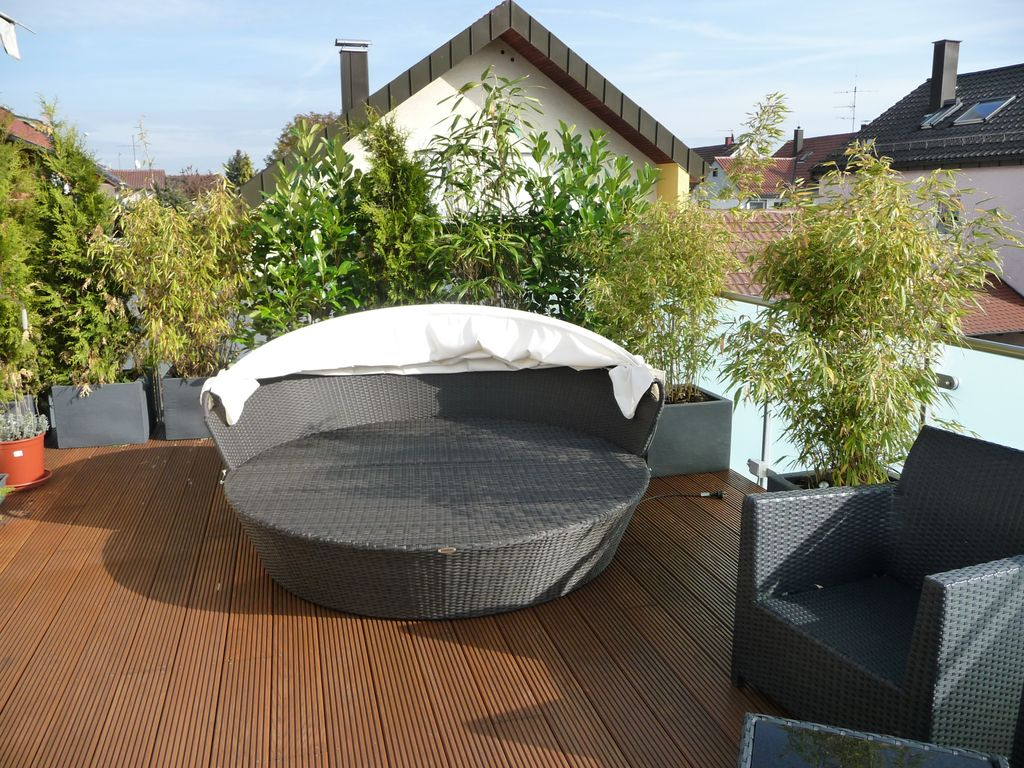 balkon oder terrassenarrangements fragen bilder pflanz. Black Bedroom Furniture Sets. Home Design Ideas